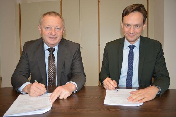 Unterzeichnung Zweckvereinbarung Biomüll (1) - Foto: Uta Baumann