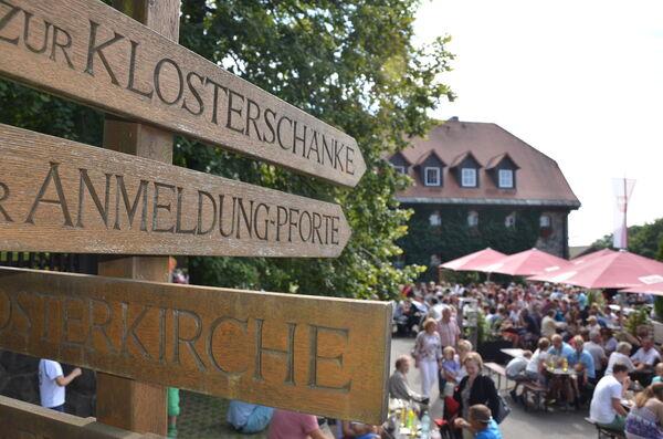 Kreuzberg_Wegweiser-Tonya Schulz