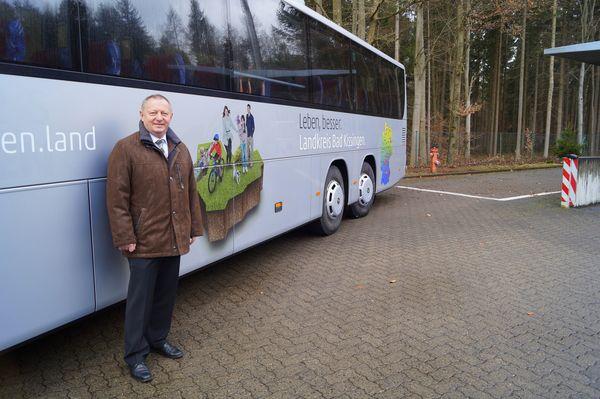 010317 - Deutschlandweite Landkreis-Werbung auf Reisebussen Pressefoto1