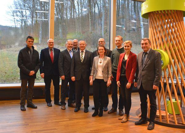 130317 - Neuer-Vorstand Thomas Bold weiterhin 1. Vorsitzender des Netzwerkes Forst und Holz Unterfranken e.V.